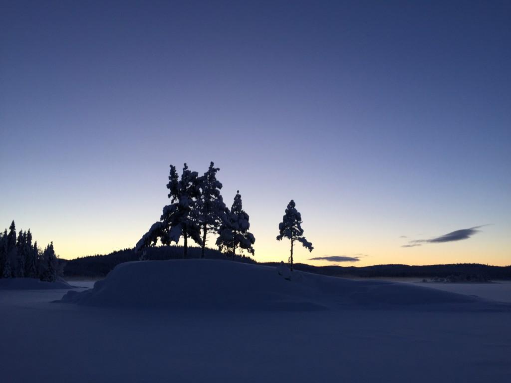 Vi får solnedgang over Katnosa på siste etappen.