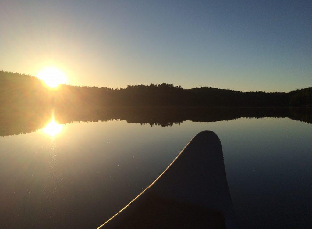 Vannet på Mosjøen er blikk stille denne helgen